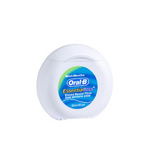 Oral-B Essential Floss, zobna nitka
